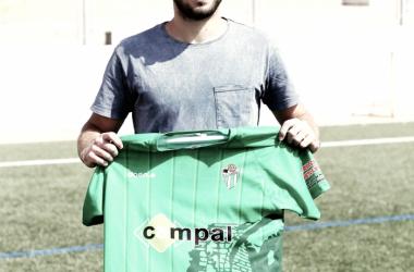 Presentación oficial de Diego Suárez. | Foto: CD Guijuelo