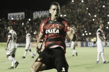 Meia Diego Souza, que deixou futuro em aberto, deve seguir na próxima temporada (Foto: Williams Aguiar/Sport)