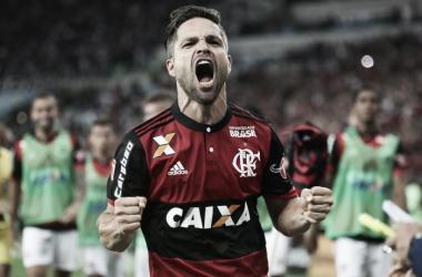 """Diego exalta dedicação que garantiu o Fla na final da Copa do Brasil: """"Conquistamos com alma"""""""