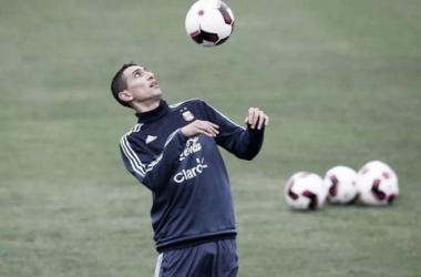 Ángel Di María entrena con el seleccionado argentino. FOTO: Clarín.