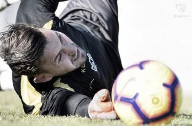 Dimitrievski en la sesión. | Fotografía: Rayo Vallecano