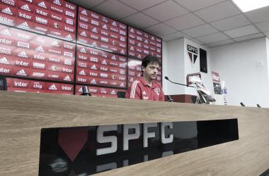 Fernando Diniz após São Paulo 0 a 0 Grêmio (São Paulo FC / Divulgação)