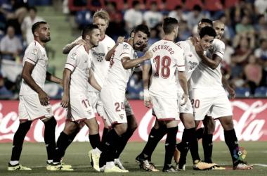 Los jugadores celebran el gol de Ganso | Foto: LaLiga