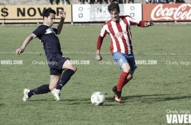 Isma Cerro intentando irse de Borja | Foto: Onely Vega - VAVEL