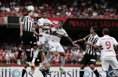 No Morumbi, Santos e São Paulo empatam sem gols