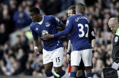Sylvain Distin makes his final Everton appearanceb from the bench, Image via Daily Post