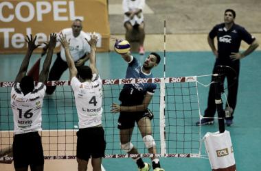 Sesc RJ perdeu por 3 sets a 1 para o Maringá e caiu para a terceira posição na Superliga (Foto: Luciano Belford)