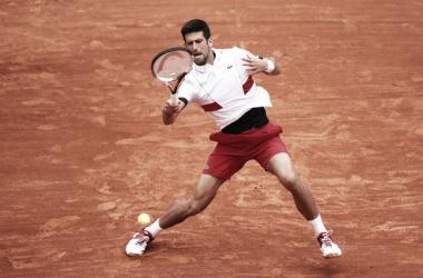 Djokovic vence en una dura batalla a Bautista