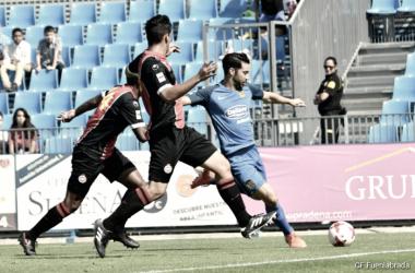 La defensa del Unión Adarve frenó las acometidas locales en la segunda mitad. (Foto: CF Fuenlabrada).