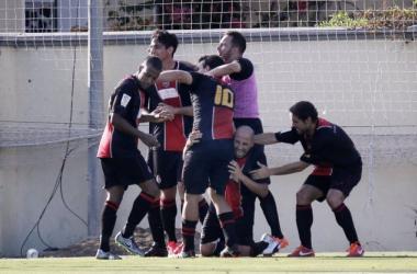 El Unión Adarve hurga en la herida del Racing de Ferrol