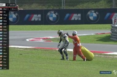 Moto2, Gp della Malesia - Niente danni celebrali per Luthi, ma il piede rischia di fargli perdere l'iride