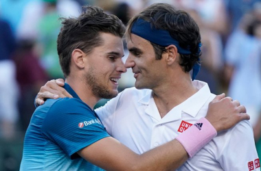 Thiem (l.) and Federer (r.) embrace after their Indian Wells classic/Photo: Tennis365