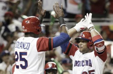 Dominicana cumple en debut