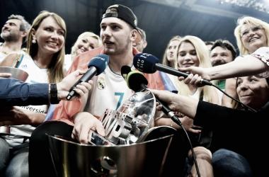 Doncic celebrando el título de campeón de la Euroliga con el Real Madrid | Foto: Euroleague.net