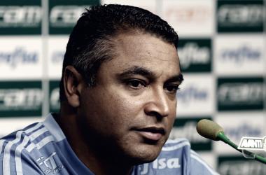 Roger Machado evitou polêmicas e blindou elenco antes da partida contra o Corinthians, neste domingo (Foto: Cesar Greco/Ag Palmeiras/Divulgação)