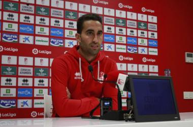 Ángel Montoro en rueda de prensa. Foto: Pepe Villoslada - Granada CF