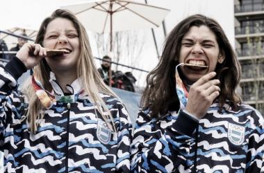 Las chicas gozando el momento. Foto: Web