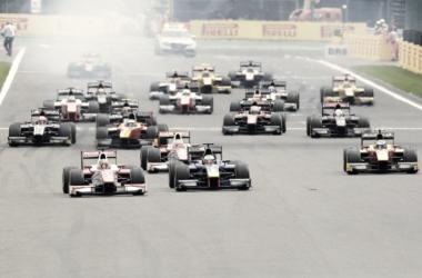 La FIA confirma el calendario de 2018 para la F2 / Imagen: Twitter @TheBestF1