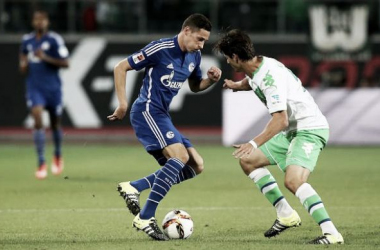 Julian Draxler completes £25m Wolfsburg move