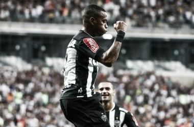 Dos sete gols atleticanos, três foram de Robinho (Foto: Bruno Cantini/Atlético-MG)