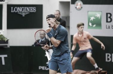 Denis Shapovalov. Fonte: Roland Garros/Twitter