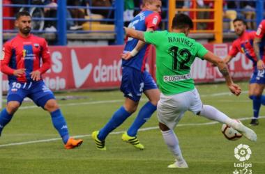 Narváez rematando a puerta | Fuente: La Liga