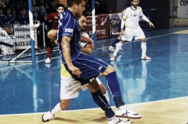 Santiago Futsal le complica la vida al Peñíscola FS