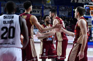 Legabasket - Daye sulla sirena regala la vittoria alla Reyer e condanna Bologna