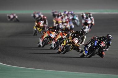 Los cuatro primeros en la segunda carrera de Qatar // motogp.com
