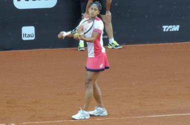 Teliana vence romena e vai à semifinal do Rio Open