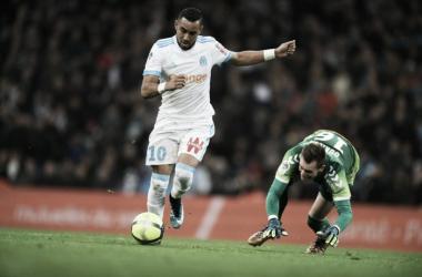 Oukidja ficou todo desconcertado após drible de Payer (Foto: Divulgação/O. Marseille)