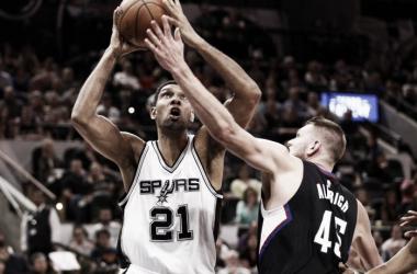 El doble que pone a Duncan como 14° máximo anotador de la NBA / Foto: NBA