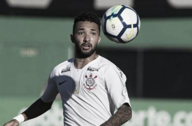 Atacante não foi punido pelo ato contra os torcedores (Foto: Daniel Augusto Jr./Agência Corinthians)
