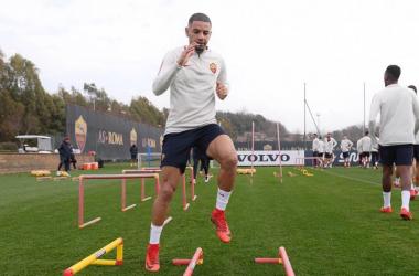 Bruno Peres in azione con la maglia della Roma (twitter)