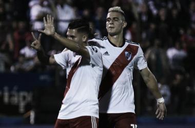 Quintero le dedicó el gol a Mora. Foto: River Oficial.