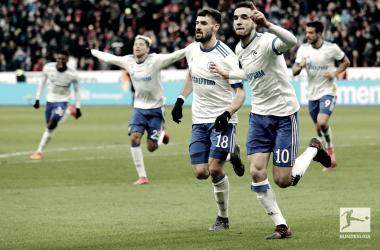 Con le reti di Burgstaller e Bentaleb, lo Schalke ha espugnato la BayArena. Foto: Twitter Bundesliga English