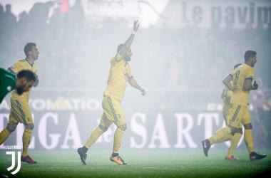 Juventus, Higuain potrebbe saltare la Lazio: si decide oggi
