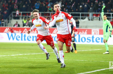 Sargis Adamyan (centre) after his match-winning goal. | Photo: Bundesliga.