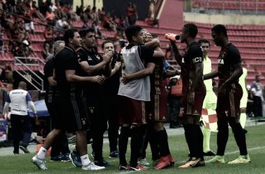 Com Ilha do Retiro vazia, Sport venceAmérica-PE pelo Campeonato Pernambucano