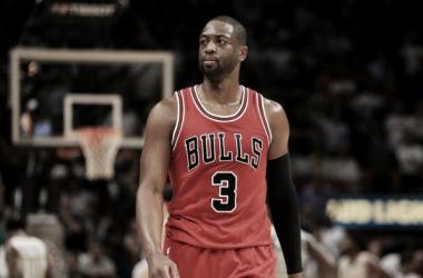 Dwayne Wade seguirá siendo jugador de los Bulls