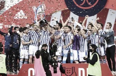 Mikel Oyarzabal levantando la Copa del Rey / Foto: Real Sociedad