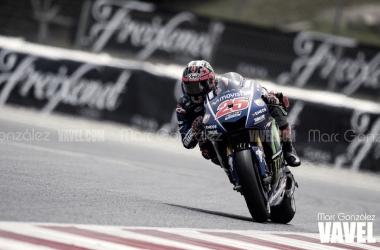 MotoGP, GP Qatar - Pole di Vinales, 2° Dovizioso. Rossi solo 14°