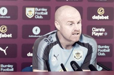 Sean Dyche en rueda de prensa. Foto: Burnley.