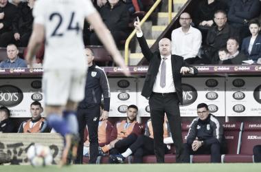 Dyche durante el partido | Fotografía: Burnley