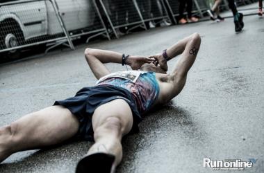 Toni Abadía tras su record FOTO: Revista Run Online.