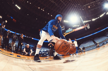 Steph Curry. Fonte: Golden State Warriors Twitter