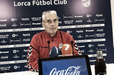 Fabri compareció ante los medios. | Foto: lorcafc.com
