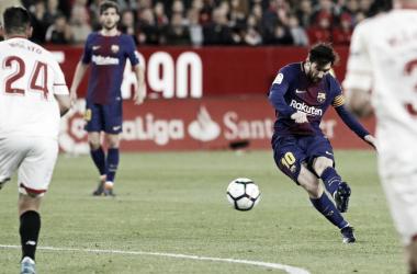 Em batida colocada da intermediária, Messi deixou tudo igual (Foto:Miguel Ruiz/FC Barcelona)