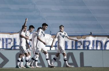 Festejo de todo el equipo luego de lindo gol de Thiago Almada. Foto: @Velez