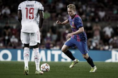 De Jong ante el Bayern de Múnich. | Foto: Noelia Déniz
